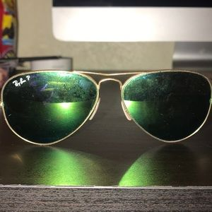 Polarized Cracked Used Ray-Bans